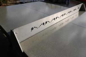 Polish table top with stainless steel net standard