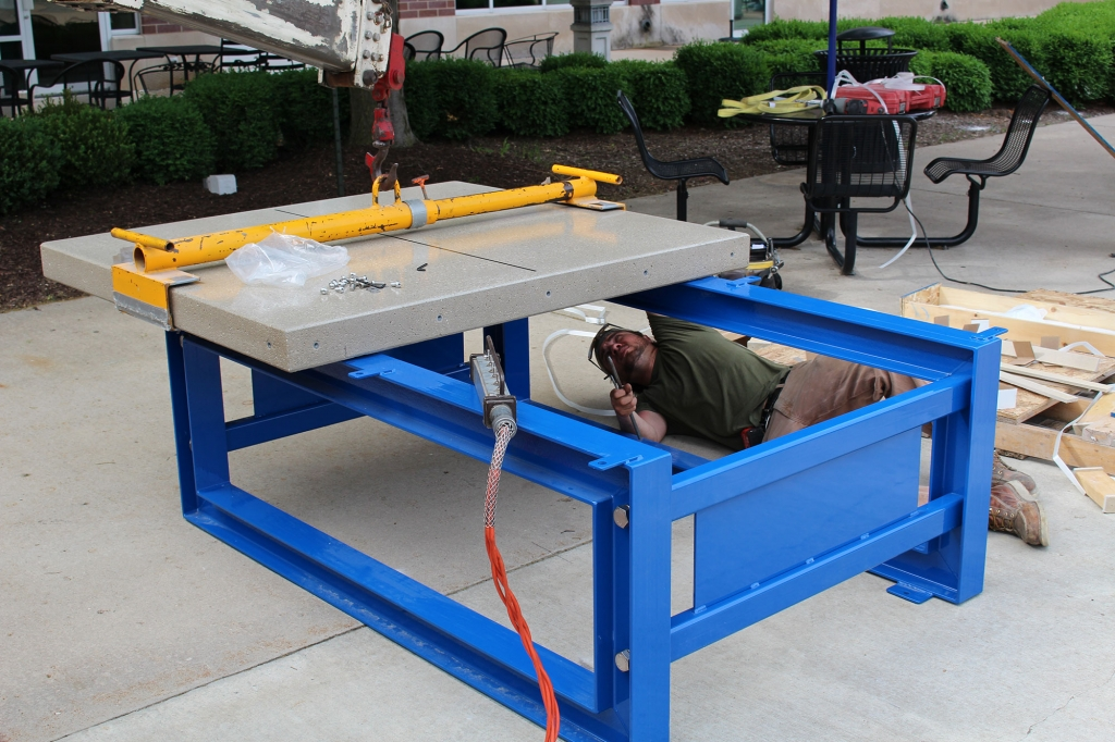 Ping pong table assembly